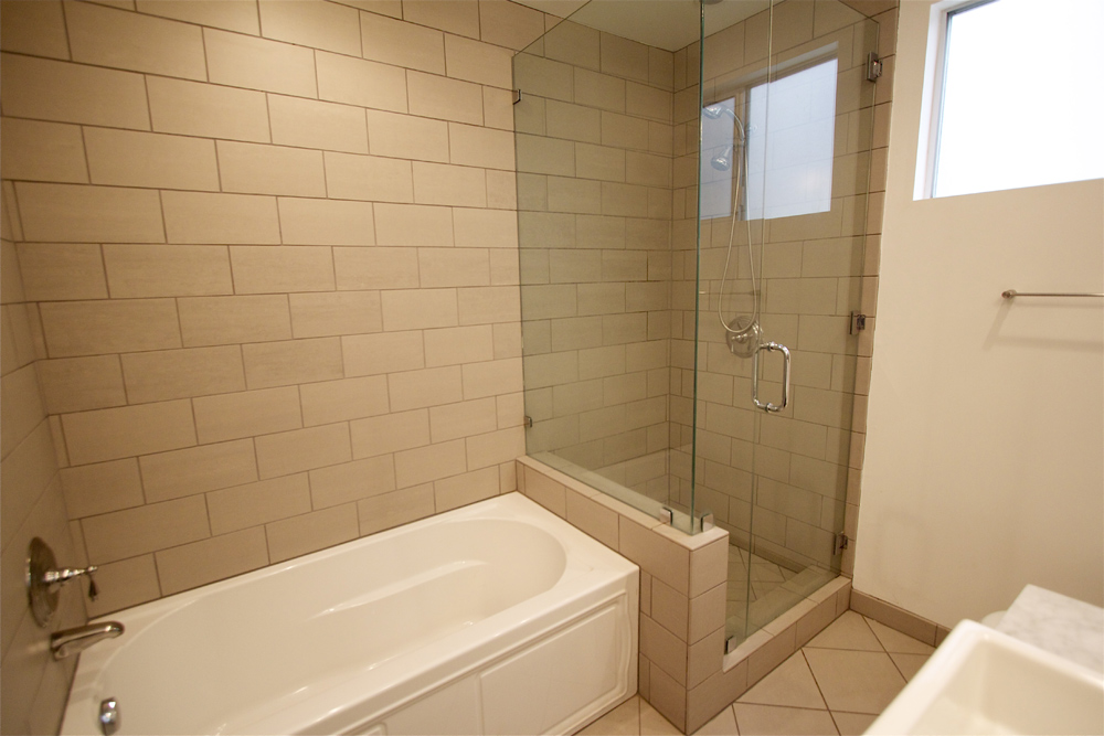 Tub with shower simple corner tubshower combo in small bathroom corner tubshower combo view in - Economic bathroom designs ...